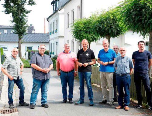 Friedrich Merz und sein Team besichtigen Rodentelgenkapelle